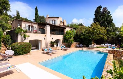 Photo for 5 bedroom Villa, sleeps 10 with