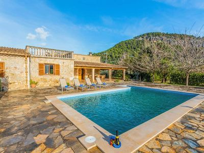 Photo for Rustic and private 3 bedroomed villa close to Pollensa town and golf course.