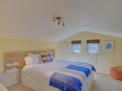 Photo for Kensington Cottage/Near Downtown, Zoo and beaches