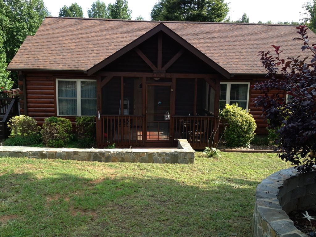 beautiful log cabin in gated community vrbo