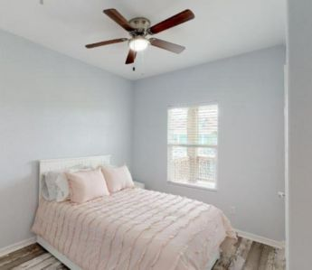 Photo for Cozy beach house just steps away from the water, perfect for family time & pets!