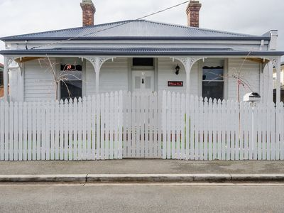 Photo for The Cherry Tree - Comfort close to CBD, with WiFi
