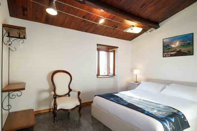 Bedroom with panorama