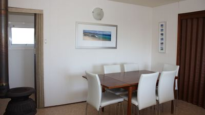 Dining area (upstairs)