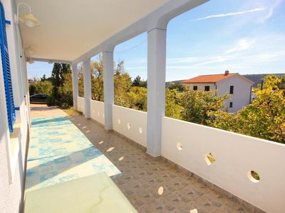 Photo for Two bedroom apartment with terrace and sea view Stara Novalja (Pag)