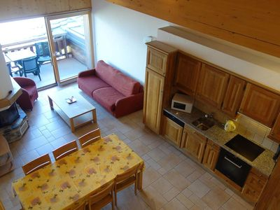Photo for 3*+, 3-bedroom duplex  for 6-10 people located close to ski slopes. Bright living room with sofa bed