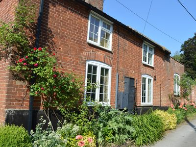 Photo for Yoxford Cottage In The Heart Of The Suffolk Countryside