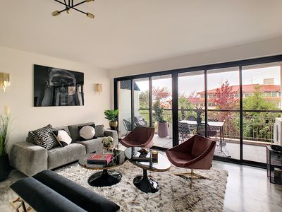 Photo for LUXURY 4 ROOMS 100M ² CONTEMPORARY CLOSE PALAIS