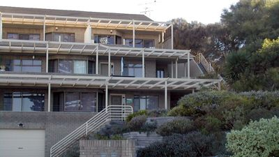 Photo for 2BR Apartment Vacation Rental in ENCOUNTER BAY, SA