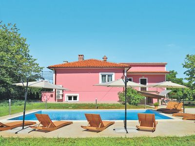 Photo for Lovely apartment for 12 guests with WIFI, A/C, private pool, TV and parking