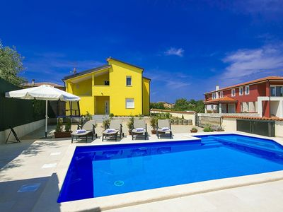 Photo for Holiday apartment Kastel for 4 persons with 2 bedrooms - Holiday apartment in one or multi-family ho