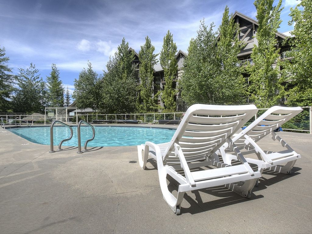 Aspens on Blackcomb - 2-Bedroom, Sleeps 6