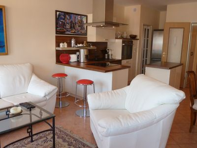 Photo for 5 min to the thermal lake, gr. 3 Zi. Whg with 20 sqm roof terrace, air conditioning, internet,