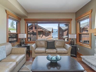 Photo for Spacious lodge steps away from the Shuswap Lake