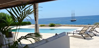 Photo for 5 BEDROOM LUXURY OCEAN FRONT VILLA ALAKALA WITH BREATH-TAKING PANORAMIC VIEWS