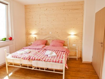 Photo for Holiday apartment Allmuthshausen for 2 - 6 persons with 3 bedrooms - Holiday apartment
