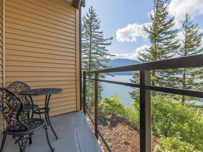Photo for 1BR Lodge Vacation Rental in Harrison Hot Springs, BC