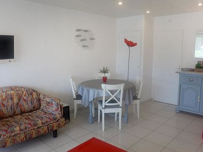 Photo for Apartment in the center of Cavalaire-sur-Mer with Parking, Internet, Terrace (115335)