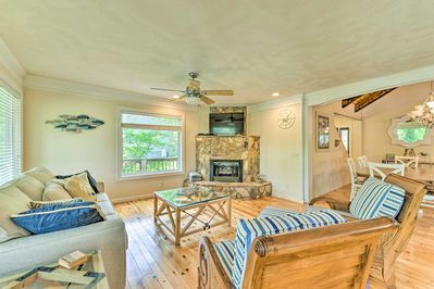 Look forward to quality time with your loved ones at this home-away-from-home.