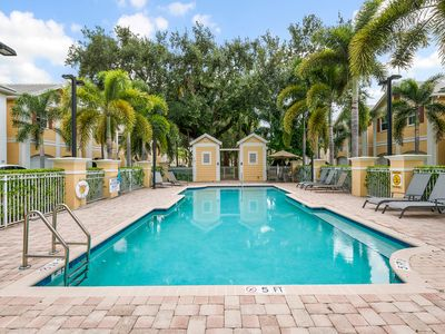 Photo for **STAY 3 GET 1 FREE! MODERN HOME W/POOL ACCESS, NEAR BEACH/DOWNTOWN
