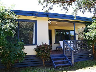 Photo for Inlet View Cottage - walk to beach and cafes #107