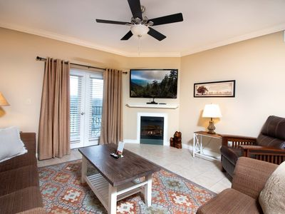 Photo for 2 Walk-in Showers, Sleeps 8, Virtual Arrival/Departure, Superb Cleaning