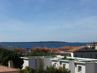 Photo for Apartment in Provençal flair with sea views over 2 floors
