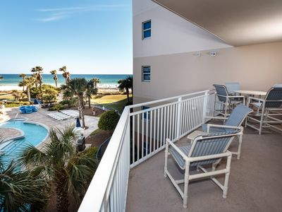 Photo for Welcoming Condo On Okaloosa Island! Children's Playground, 2 Hot Tubs