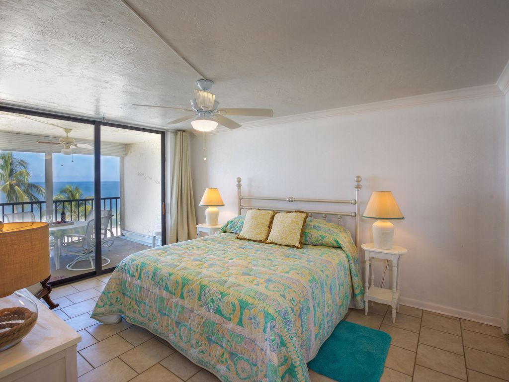 2 bedroom direct beachfront condo on gulf of mexico bonita springs florida south gulf coast On bedroom direct