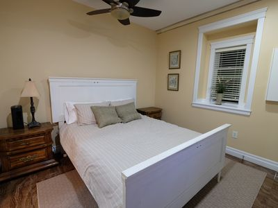 Photo for Charming 2BR suite near Royal Oak Station