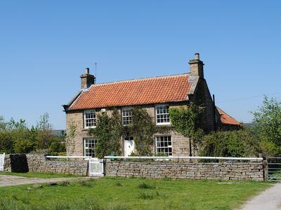 Photo for Charming, Grade II Listed Stone Cottage with Original features and 5 Bedrooms