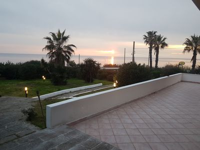 Photo for Independent seafront villa