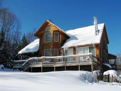 Photo for A grand quality home with White Mountain views and a chef's dream kitchen!