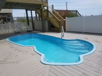 Brand new heated pool in 2017