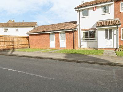 Photo for 28a Hillesley Road, WOTTON-UNDER-EDGE