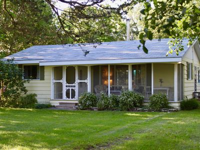 Photo for Charming Waterfront Summer Cottage on Bay of Quinte
