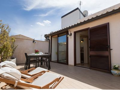 Photo for Wellness House Galilei D apartment in Siracusa with WiFi, air conditioning & private terrace.