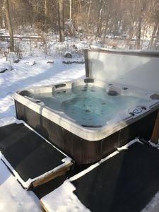 Photo for Super Bowl 2018! HOT TUB, sleeps 12, straight on I-94 to US Bank Stadium!