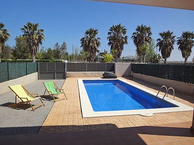 Photo for 3 bedroom Villa, sleeps 6 in L'Ampolla with Pool and Air Con