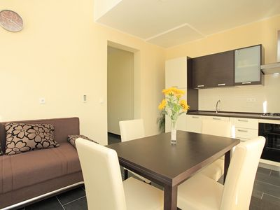 Photo for Modern, Bright & Cozy 2BD with Private Terrace