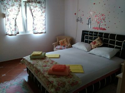 Comfy 1-bdr apartment ,5min. beach, balcony, 600m to Kotor old town