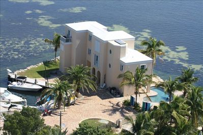 A little Oasis in the Ocean. House has a private marina for your boat!