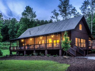 Luxury Log Cabin w/ Spacious Great Room On Trout Stream with playground