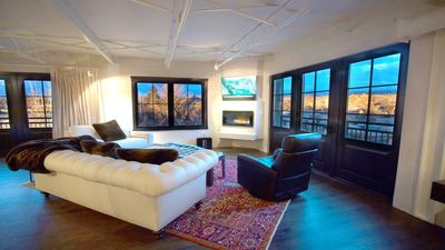 Photo for The Lincoln 501-2 Bed, 2.5 Bath Luxury Penthouse_Fragrance/Allergen Free