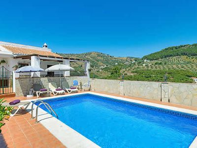 Photo for Country Villa w/pool, BBQ & free Wi-Fi, close to a local village