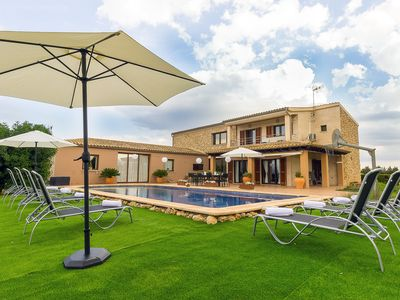Photo for This 5-bedroom villa for up to 10 guests is located in Sa Pobla and has a private swimming pool, air