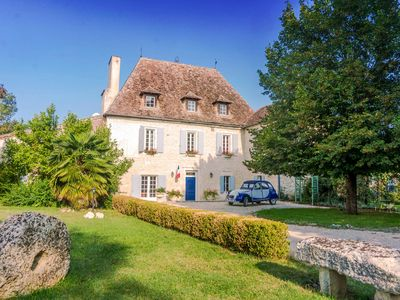 Photo for Dovecote Manoir - Country house for 20 people in Roumagne