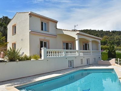 Photo for Beautiful villa with air conditioning, fantastic sea views and private pool