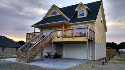 Large deck for lots of outdoor living!