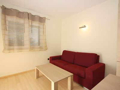 Photo for Two bedroom apartment with balcony and sea view Tučepi, Makarska (A-3193-j)